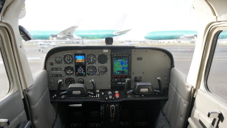 N738BU panel